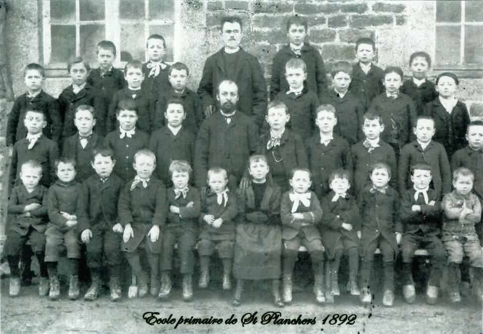 ecole-primaire-de-saint-planchers-1892